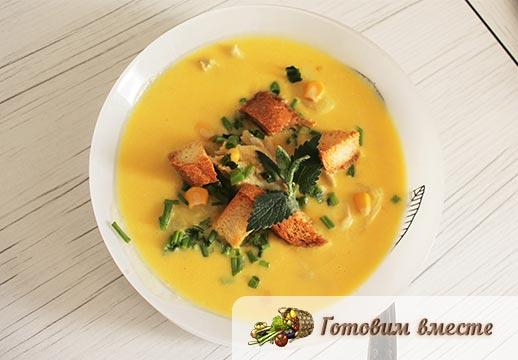 Рыбный суп из трески для детей готов