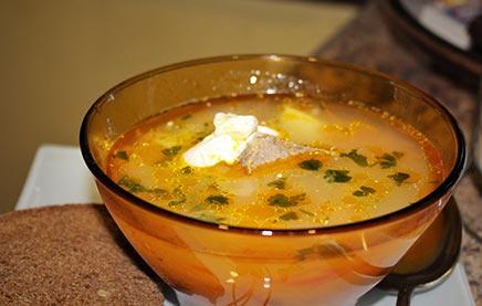 как приготовить суп крестьянский на мясном бульоне