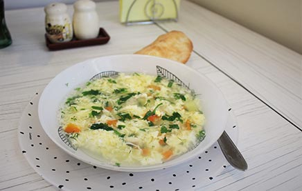 Яичный суп с вермишелью